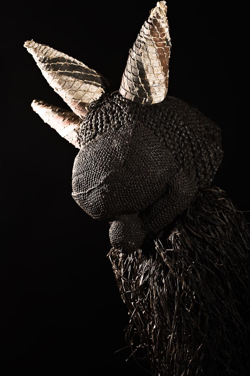 Pende en raphia - Courtesy of Musée du Masque